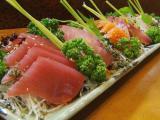 鮮魚専門店・お食事処 「魚」