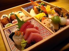天ぷら 旨いもん 徳や_お花は満開! お腹は満腹! お弁当特集_写真1