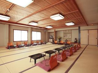 日本料理 松廣_楽しいお仲間との宴会は2階大広間で