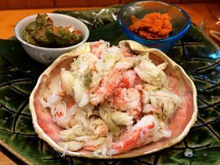八ツ寺 日和_セコガニも食べやすくほぐしてどうぞ