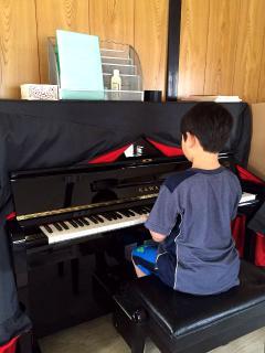 Sunflower English School_ピアノ教室