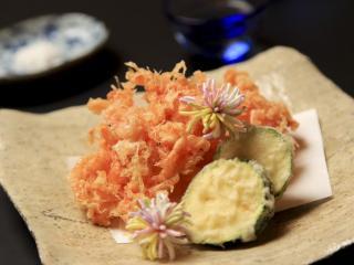 和彩 魚々樂_サクサクと香ばしい衣も美味しい桜エビのかき揚げ