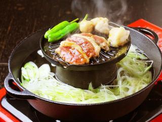 味処 かもやす_焼く・煮るを同時に行う鴨料理の完成形