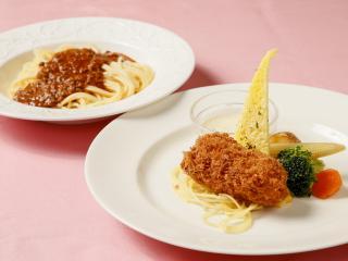 グリーンレストラン キャラバンサライ_カニクリームコロッケと特製ミートソース…1,150円