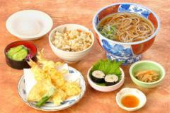 そば御膳…1,620円|天ぷらそば(うどん) 一品 一菜 かやくごはん 香の物 デザート