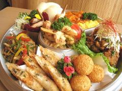 お粥と創作中華料理の店 小槌_お花は満開 お腹は満腹!春のお弁当特集_写真