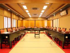 50名まで利用可能な大広間は婚礼から各種宴会、会社の行事にと幅広く使える。