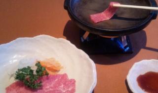 牛肉の刺身[焼き肉風]|◆牛肉の刺身[焼き肉風](レギュラーサイズ)…1,485円 ◆牛肉の刺身[焼き肉風](1.5サイズ)...