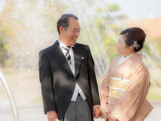 お父様お母様にとっても晴れの日だから|結婚式は新郎・新婦はもちろんのこと、ご両親にとっても大切な瞬間...
