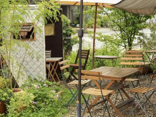 CAFE ma biche_南フランスの風を感じるテラス席