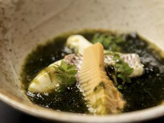和彩 魚々樂_優しい味わい、鯛の生ノリ餡