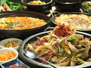 韓国食彩 オモニ 岐阜鶉店の写真3