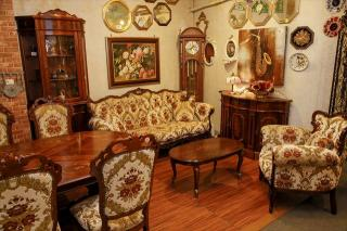 高級輸入家具&ヨーロピアン雑貨専門店 PARUSA_1階
