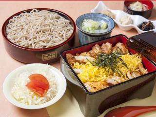 京都有喜屋 和蕎庵_焼き鳥重御膳…1,420円