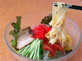 中国麺菜茶館 龍鳳_岐阜で味わう涼しい夏 冷たい麺特集用写真1