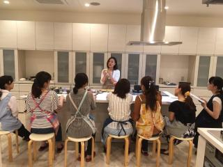 料理教室 MAGO Cooking Studio_広々としたデモンストレーションスペース
