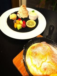 ダッチベイビー|小麦でなく米粉で作った自家製パンケーキ。スキレットで焼くことでモチモチ&フワフワの食...