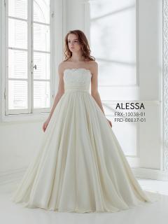 理想のプロポーションを描く魔法のドレス|ドレスの雰囲気を自由にアレンジ可能な3wayタイプ。バックスタイ...