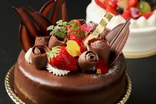 ショコラデコレーション|コーティングや装飾だけでなく、スポンジもサンドの生クリームもぜんぶショコラと...