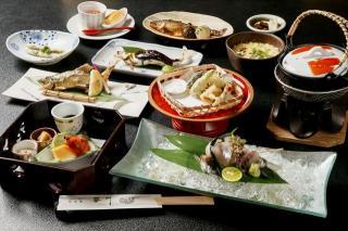 ≪琴川名物≫ 鮎料理|木曽川の中州にあり岐阜の清流を感じられる琴川でいただく鮎は絶品。鮎を食べたいが...