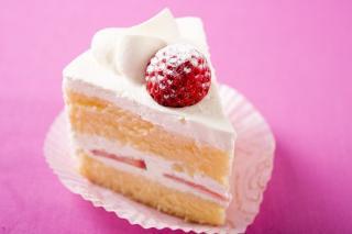 苺のショートケーキ…370円|くちどけの良いこだわりのスポンジ生地で、甘酒入りの生クリーム、苺をサンド。...