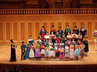 歌音美音楽スクール_発表会の最後はみんなで楽しく合唱