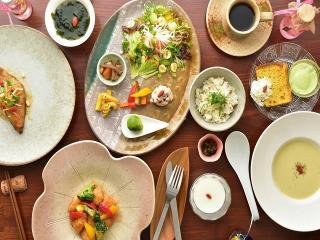 Natural Food Dining ZEN(膳)_お店で? おうちで? お食事会特集_写真1