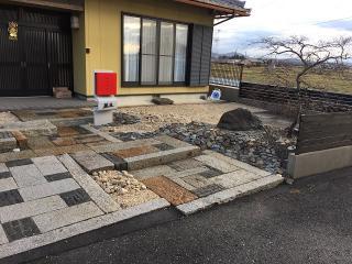 <after>広い庭を綺麗にしたい|広いお庭について、デザイン性は高く、手入れは簡単に木を植えず、それでい...