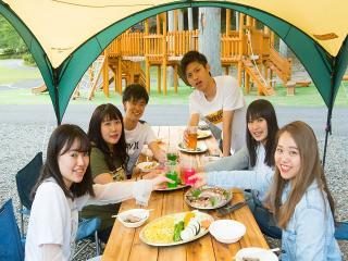 テントBBQプラン|友人同士やサークルでプライベートなBBQをするならこれ。コンロやテーブル、いすなどがセッ...