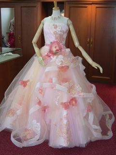 結婚式や、フォトウェディングに|佐々木希さんブランドのカクテルドレス入荷しました。全身を映し出す大き...