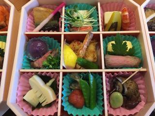 ふぐ料理 板前割烹 くに井_お花は満開 お腹は満腹! 春のお弁当・テイクアウト特集_写真1