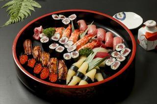 八郎鮨お店の味をご自宅で_写真