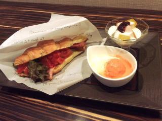 Cafe&Dining Enn_ひんやり美味しい カフェ・ベーカリー特集_写真1