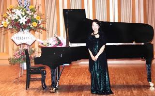 講師紹介:井深 阿佐子 「音楽は楽しく」をモットーに1人ひとりを大切に指導。年齢や経験を問わず、どの方...