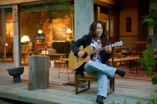 講師紹介:杉岡 志太郎-yukitaro- ギター担当。18歳からジャンルを問わず様々なバンドに加入(結成)し、アルバム...