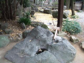 白髭神社自噴水の写真