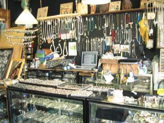 朝日屋印度商会の写真