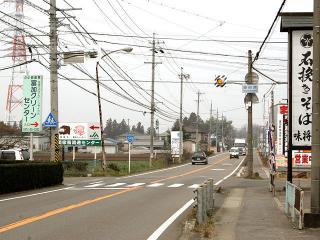 美濃加茂方面から 同じく「東田原」交差点を、美濃加茂方面からだと左折して南下。