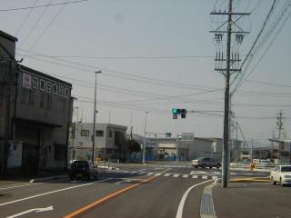 坂祝方面から 県道345号(関坂祝線)を関方面へ進み、「サークルK関西田原」を過ぎて1,500m程先の新しく出来...