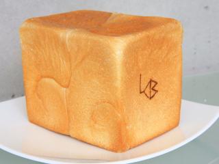 パンドミー…450円|酵母の発酵の為の甘味料にはカロリーゼロの「ラカントS」を使用。